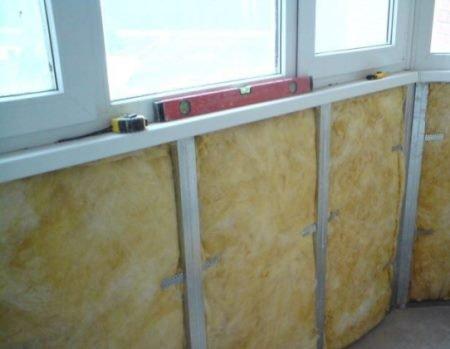 Скління і утеплення балкона